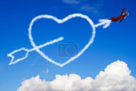 Photo pour Coeur croisé dans le ciel - image libre de droit