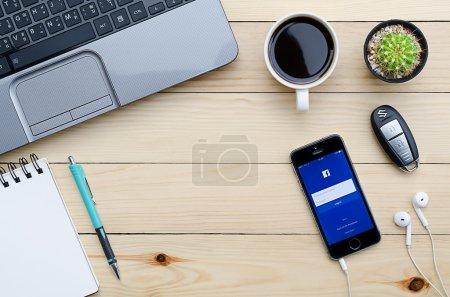 Facebook представляет собой интернетсоциальная
