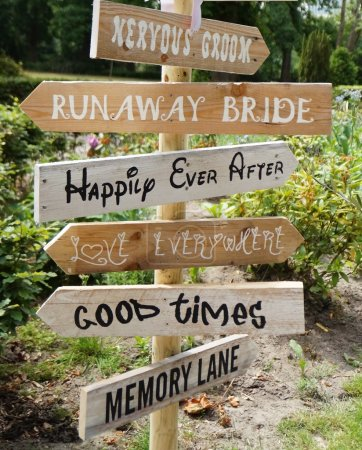 Sign on a wedding day