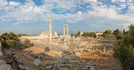 Picturesque view of temple of Apollo in antique ci...