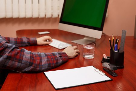 man hands typing