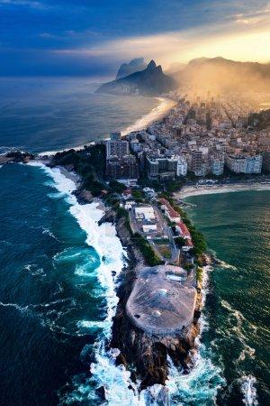 Photo pour Forte de Copacabana à Rio De Janeiro. Vue aérienne - image libre de droit