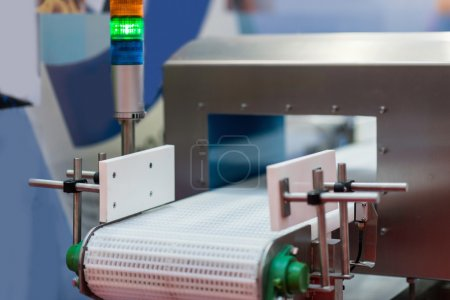Metal Detector Conveyor