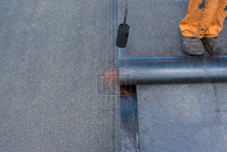 Professional installation of waterproofing