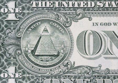 Photo pour L'œil attentif sur le dollar - image libre de droit