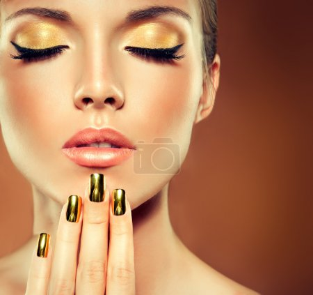 girl face with golden make up