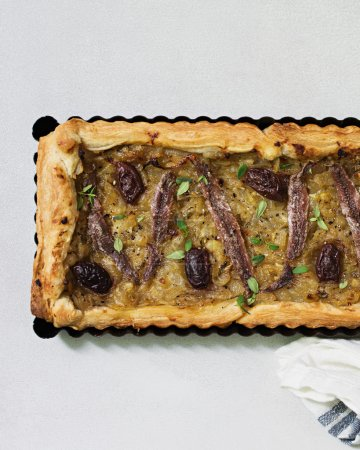 Olives and Anchovies Tart