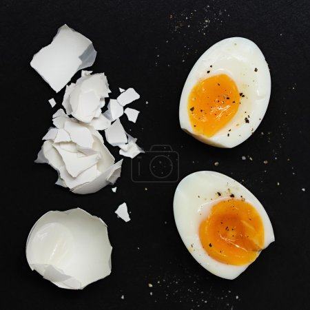 Boiled Egg with eggshell pieces