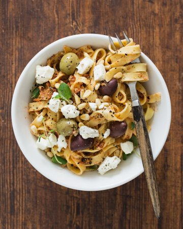 Pasta with Kalamata Olives and Feta