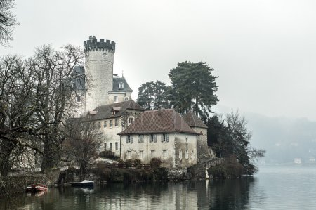Castle Ruphy, on the lake shore