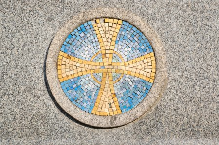Mosaic yellow and blue Cross