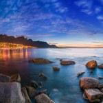 Cape Town's Table Mountain, Lions head & Twelve Ap...