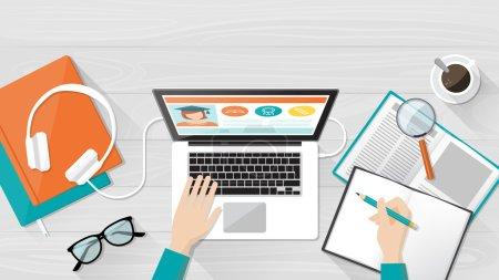 Illustration pour E-learning, bannière d'enseignement et d'université, bureau étudiant avec ordinateur portable, livres et mains, vue du dessus - image libre de droit