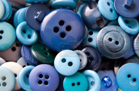 Photo pour Différents boutons bleus fond - image libre de droit