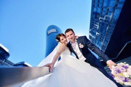 belle mariée avec groom