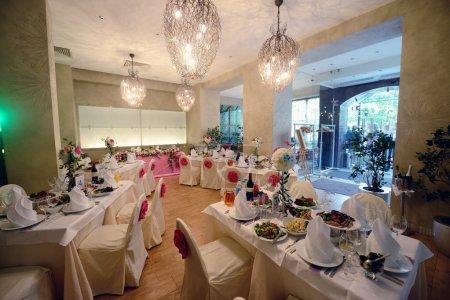 Wedding restaurant with decor