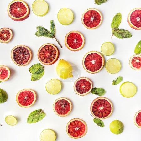 Red oranges, yellow lemons