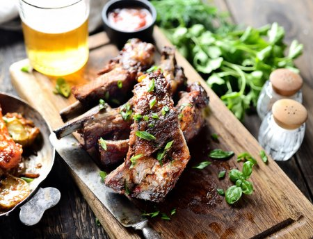 Grilled pork ribs and stewed vegetables