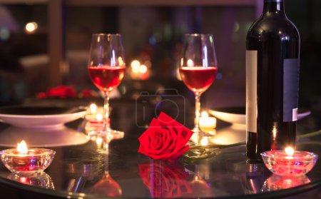 Dîner romantique aux chandelles
