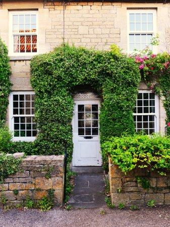 Beautiful Old English Cottage