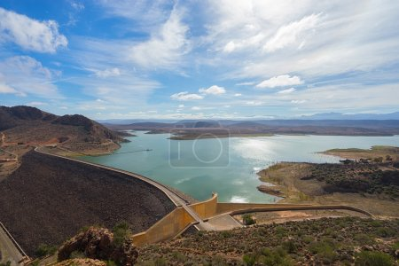 Photo pour Célèbre barrage marocain près de l'Agadir. - image libre de droit