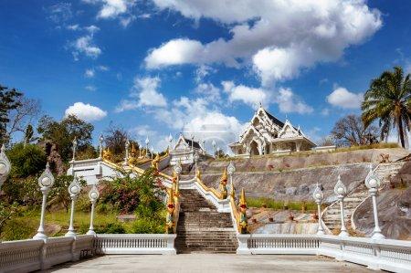 White temple Wat Kaew Korawaram