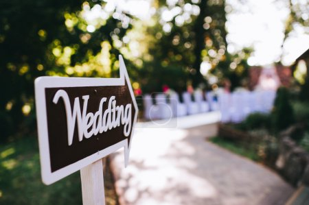 wedding decor - pointer