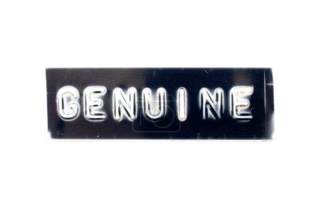 Photo pour Lettre en relief dans le mot authentique sur bannière noire avec fond blanc - image libre de droit