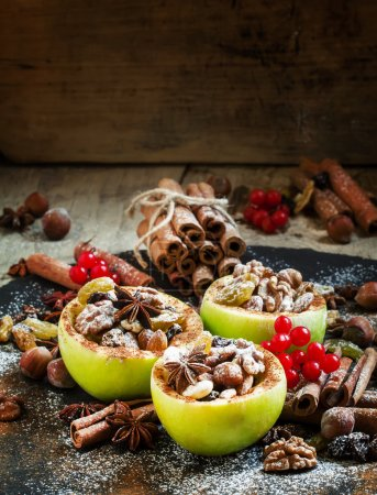Ingredients for baked apples with nuts