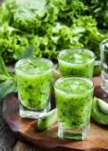 Kiwi smoothies, selective focus