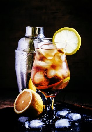 Cold cocktail with cola