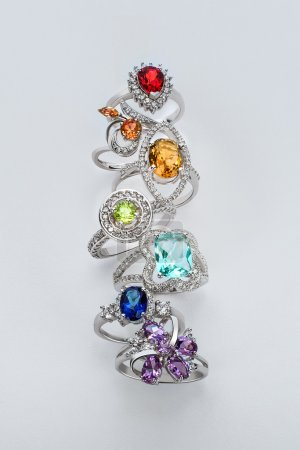 Fine jewellery silver set of rings with different colored topaze