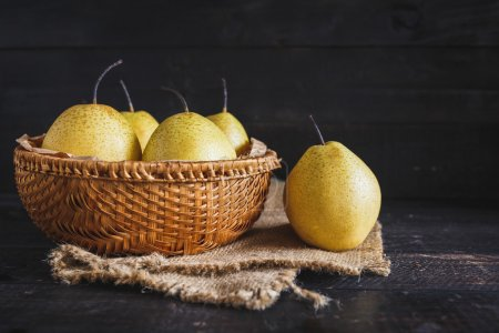 Yellow Pears group