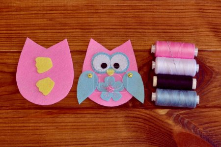 Felt owl pattern. Stitched felt owl. How to make a pretty felt owl toy - kids DIY crafts tutorial