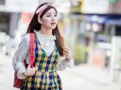 Seoul, Korea, 8.7.2016: korejské dívky ve stylovém oblečení na ulici