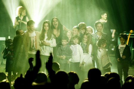 The famous Ukrainian singer Jamala dances with kids