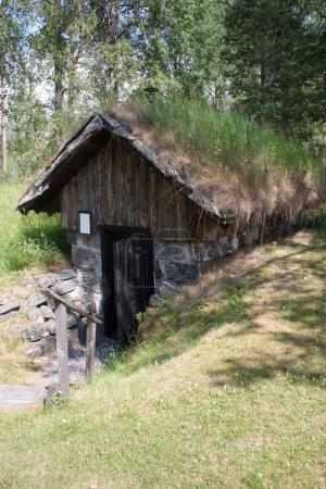 Un ancien chalet en Suède où vivaient autrefois des pauvres. Les travailleurs et les mineurs vivaient souvent dans des chalets comme celui-ci.