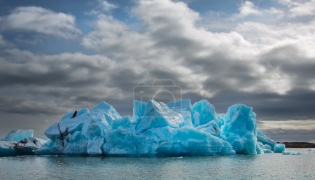 Blue ice at Icelake
